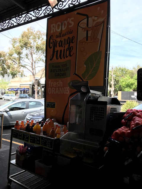 Melbourne, South Melbourne Market, Rod's orange juice