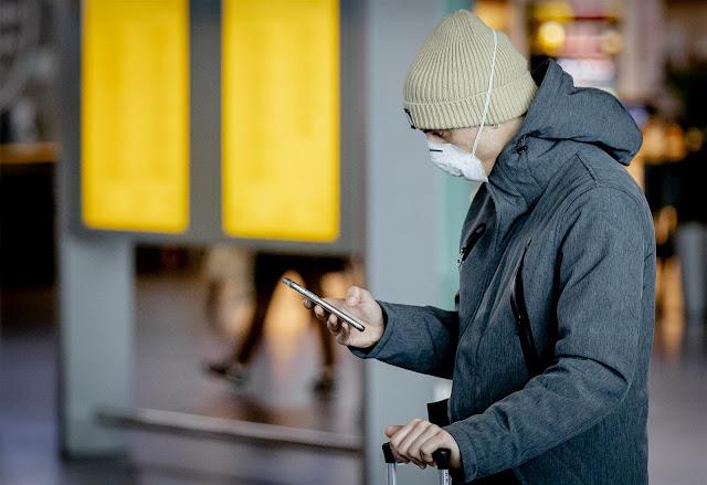 رسمياً قناع الفم إلزامي في روتردام و امستردام في ظل ارتفاع اصابات كورونا في هولندا