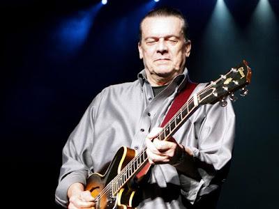 Guitarist J. Geils