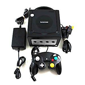 Nintendo GameCube negro, con sus cables y controles