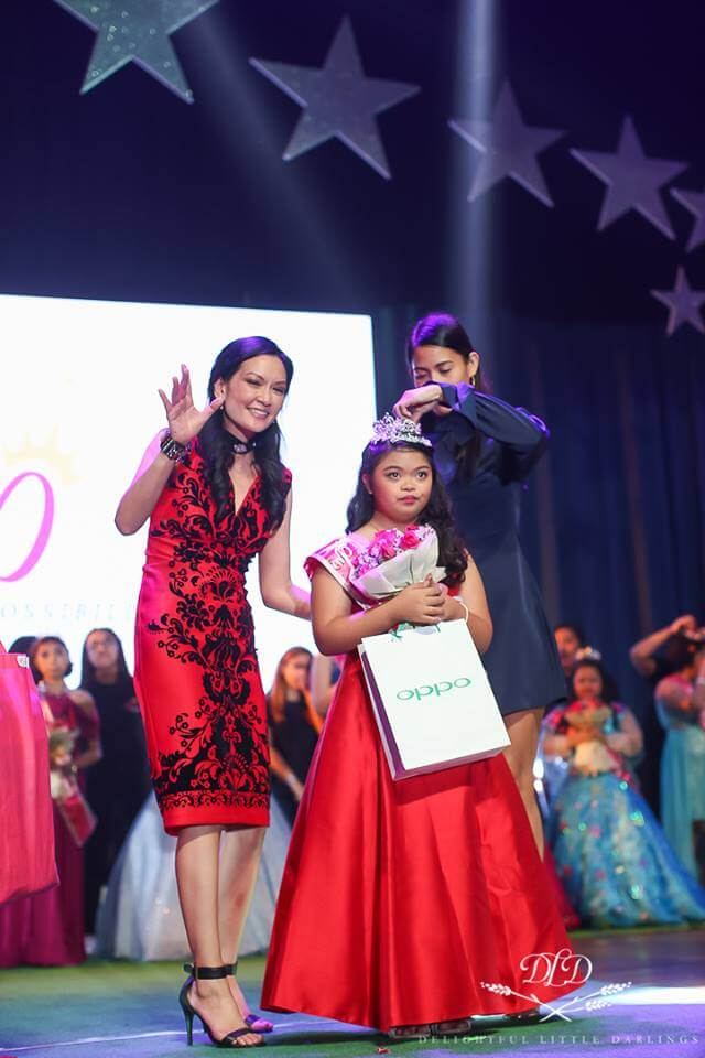 OPPO Philippines Gives Pageant Contestants Their Own Smartphones