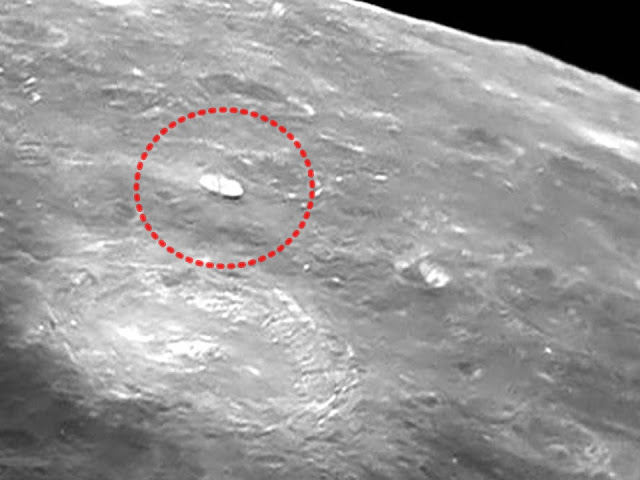 Amazing ufos on our moon