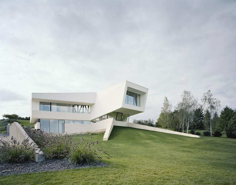 Modern house design of Villa Freundorf by Project A01 Architects