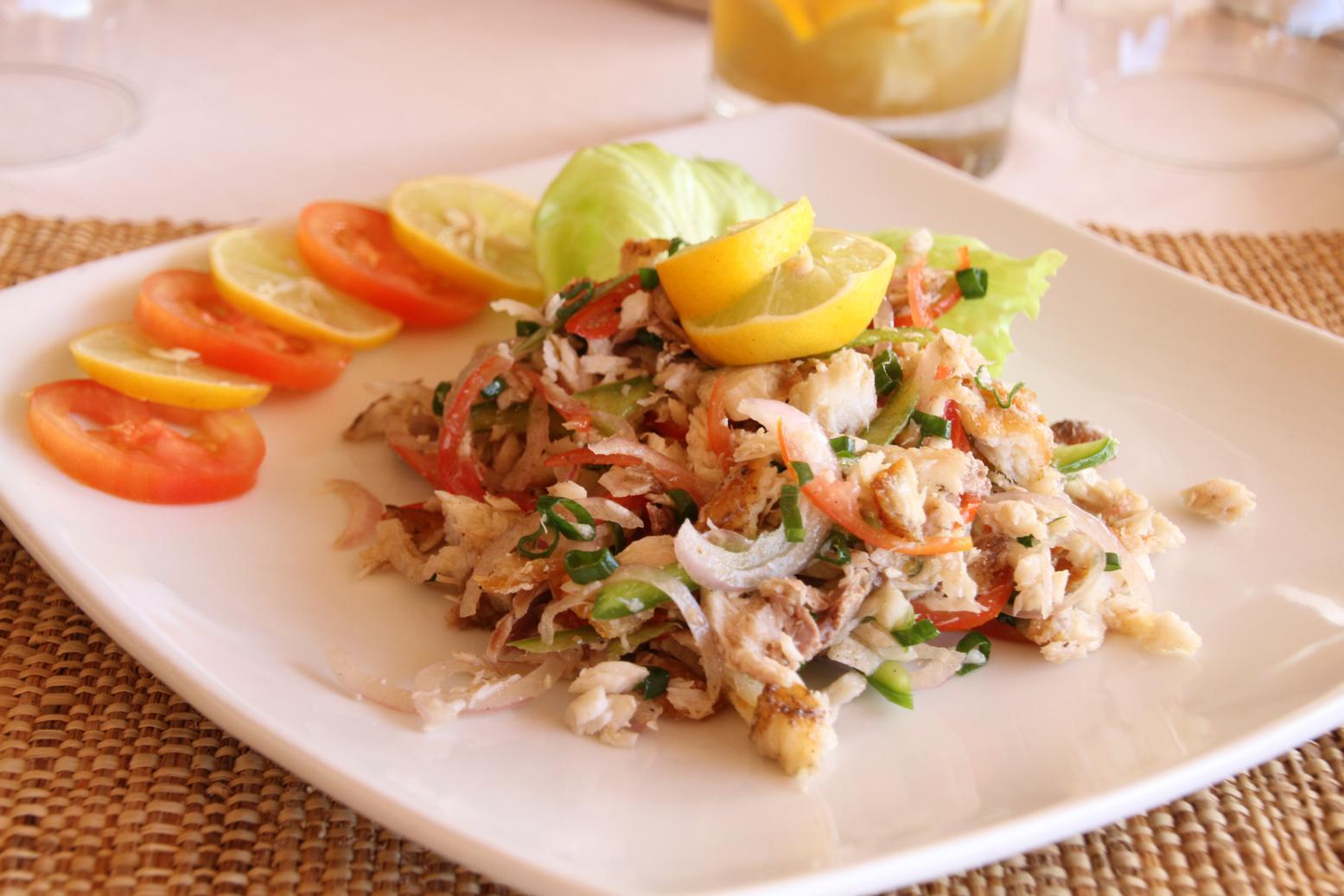 Voyages et exp riences rodrigues la marmite des iles et for Salade poisson
