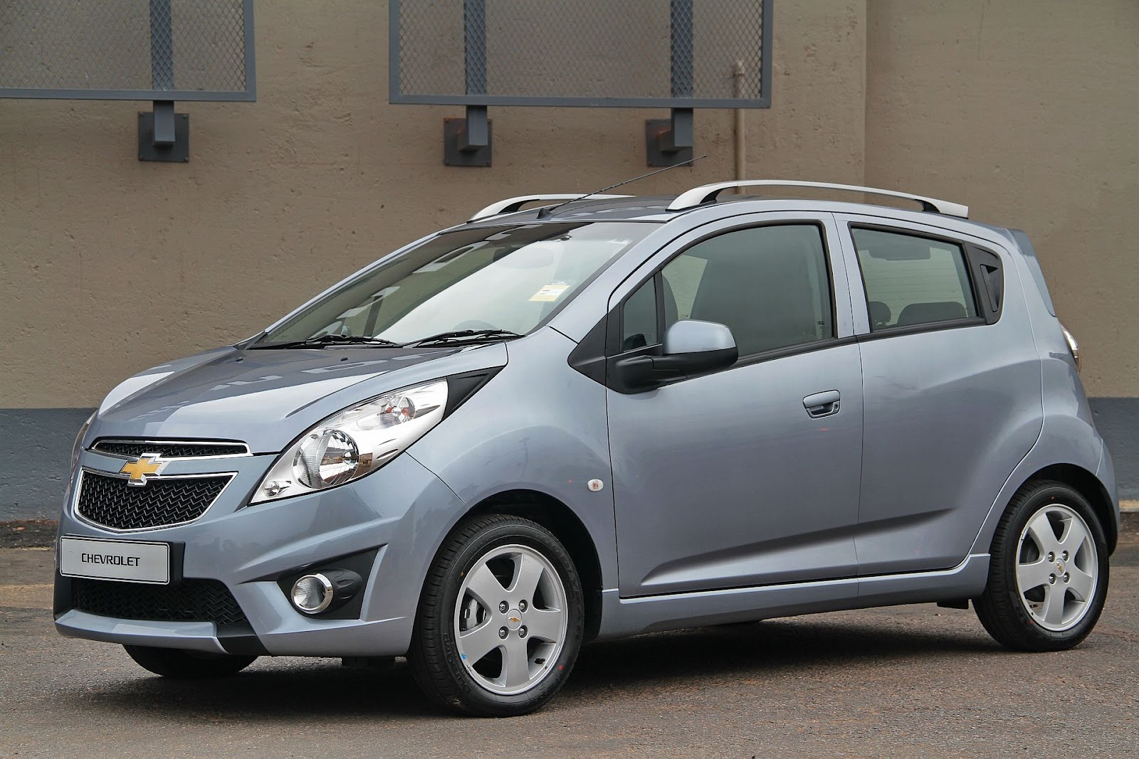 in4ride chevrolet spark now made in mzansi. Black Bedroom Furniture Sets. Home Design Ideas