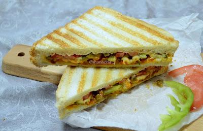Carrot & Capsicum Sandwich