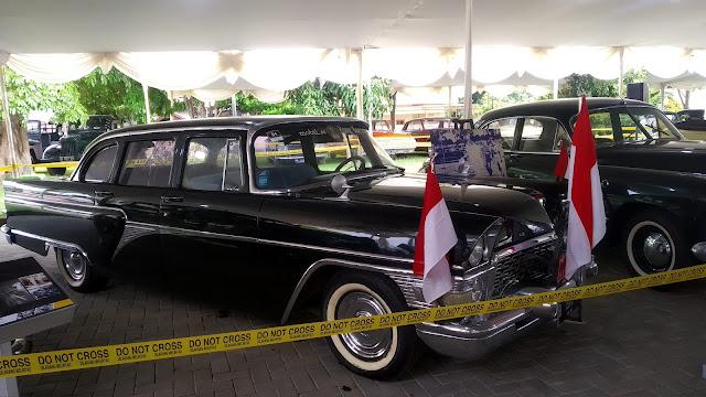 GAZ M13A Chaika Indonesia