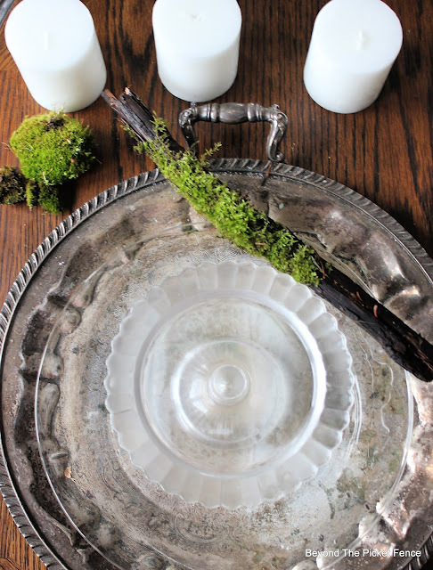 How to Create a Simple Winter Centerpiece