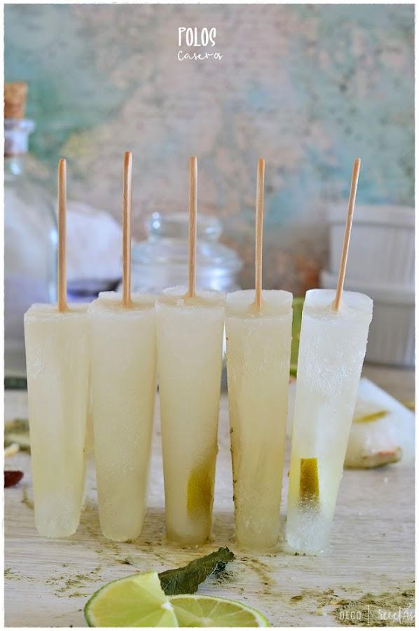Polos caseros de piña y coco. Helados caseros de fruta para el verano