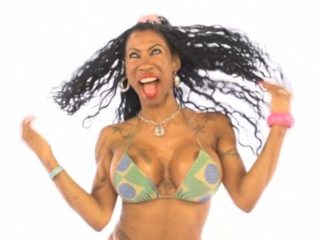 Inês Brasil realizará show em boate de Aracaju