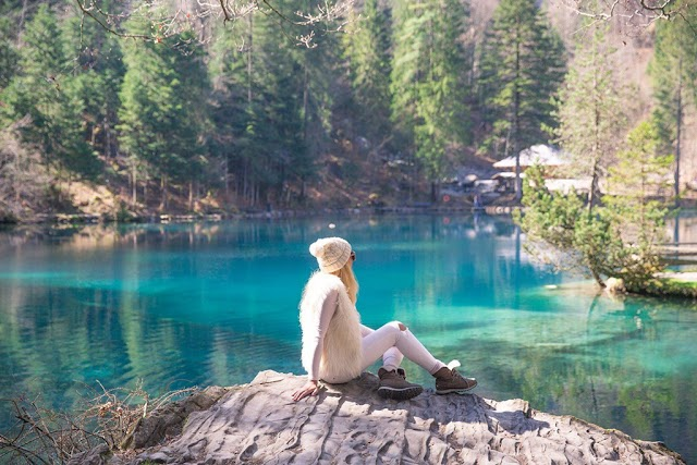 Swiss tourism must definitely visit the 'hidden gem lake' of four peaceful seasons