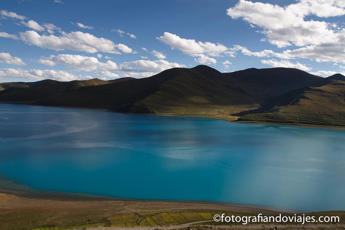 lago Yamdrok en Tibet