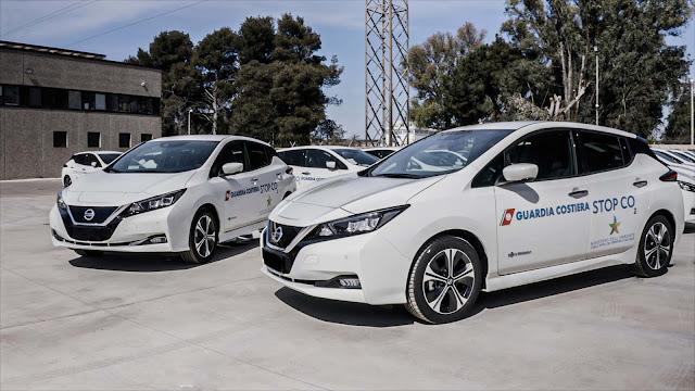 50 Nissan LEAF