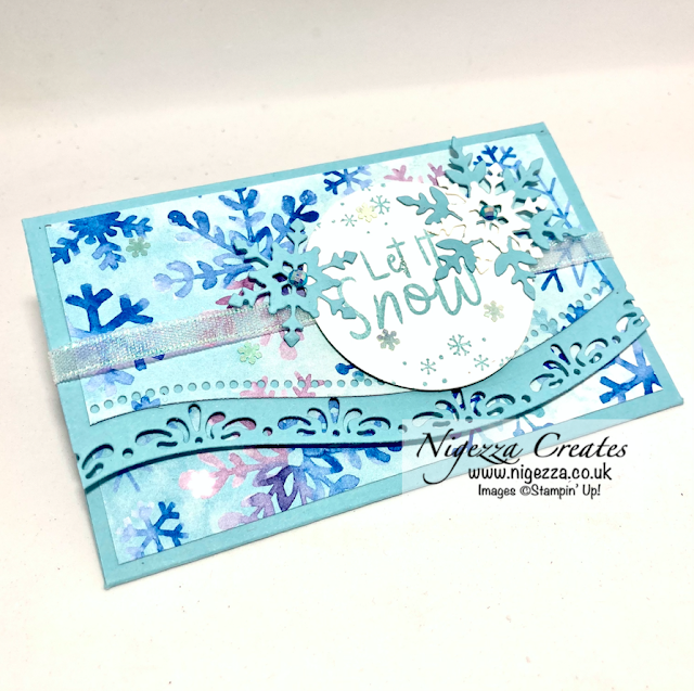 Gift Wallet With Curvy Dies & Snowflake Splendour