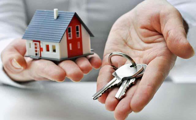 Menjalankan bisnis properti diperlukan hitung-hitungan yang tepat. Pengetahuan dan pengalaman akan sangat memberi pengaruh sukses tidaknya bisnis yang dijalankan. Begitu halnya ketika ingin sukses menjalankan bisnis properti. Selain membutuhkan modal dan waktu, juga dibutuhkan intuisi yang tepat.