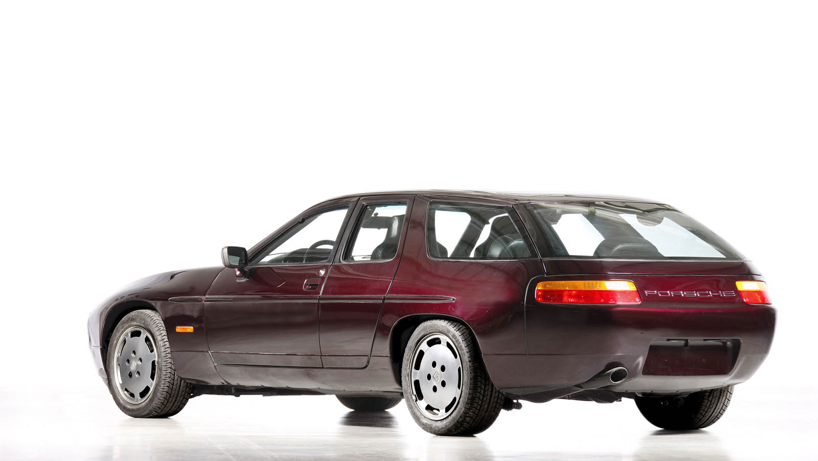 happy 40th birthday to the porsche 928 carscoops
