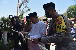 Habib Luthfi  Berikan Nama Masjid Jami Syarif Hidayatullah  Yang BeradaAspol Kaliwadas