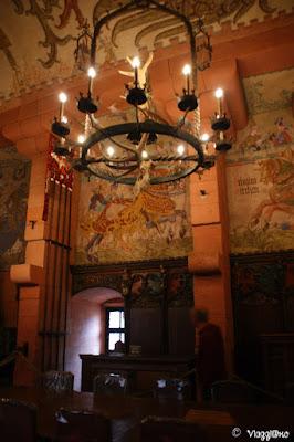 I begli affreschi nella stanza del Kaiser