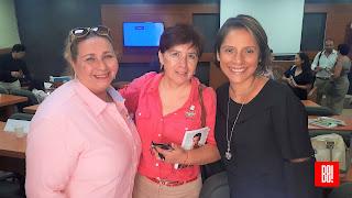 Kartinka Lira, Rocío Gómez y Nelly García.