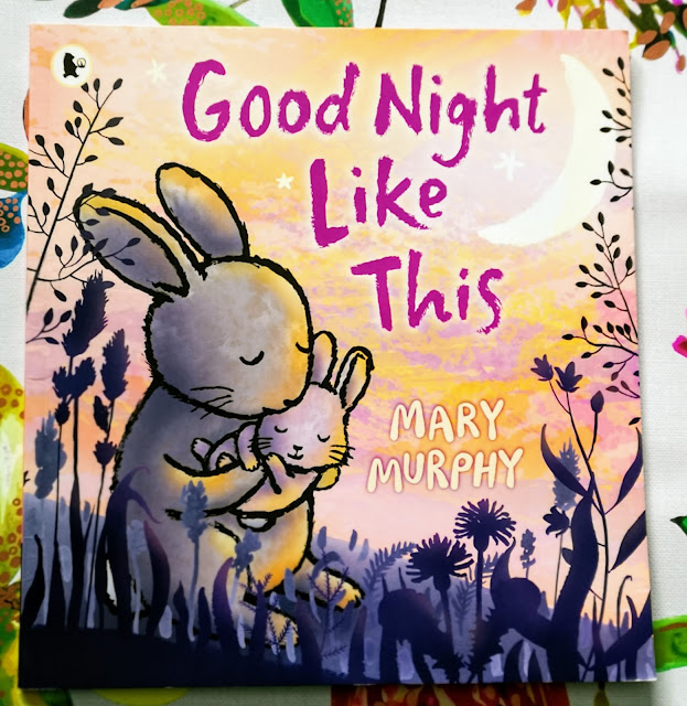 Front Cover of Good Night Like This By Mary Murphy, featuring a rabbit mother and baby.