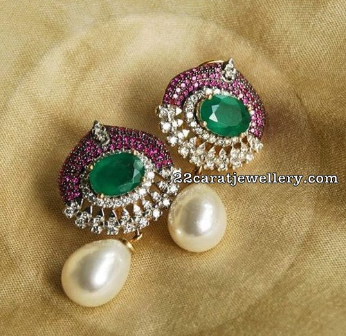 Pearls Set with Diamond Emerald Pendant with Earrings
