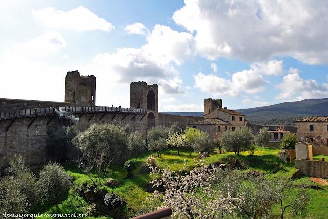 Monteriggioni, La Toscana