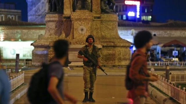 Confusion in Turkey as military claims control of government