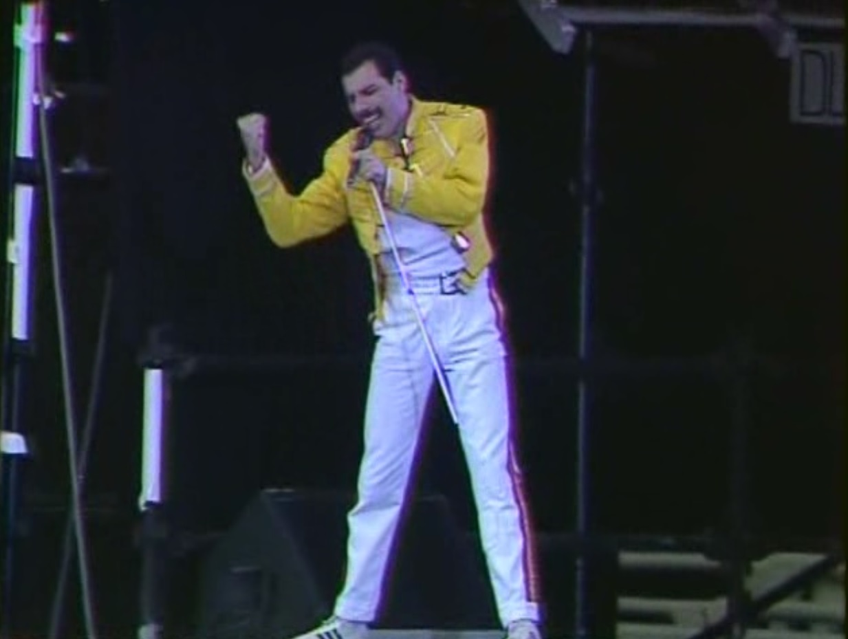 CLICK AQUI Download Queen Live at Wembley Stadium DVDRip 1986 Download Queen Live at Wembley Stadium DVDRip 1986 3