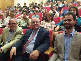 Ο Βαγγέλης Αυγουλάς με τους Καθηγητές κυρίους Καράκωστα και Κουρουπέτρογλου