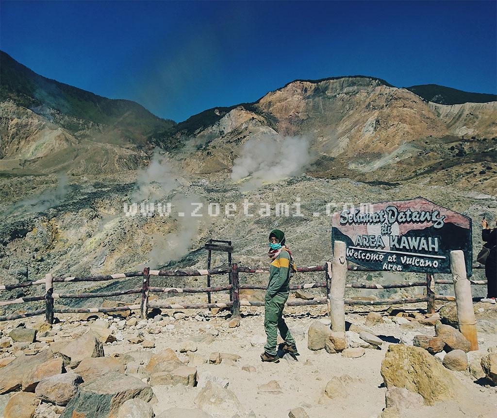 Wisata Kawah Gunung Papandayan Garut