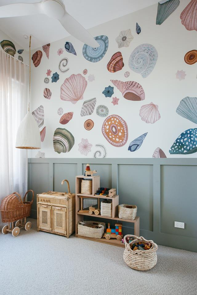 Seashell stickers on the wall in the toy room