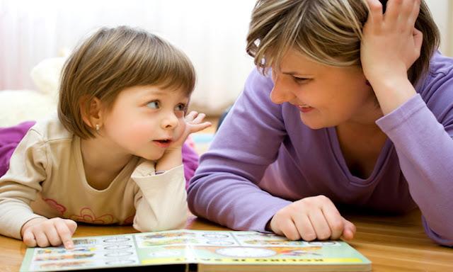 Cách ứng xử của cha mẹ thông minh trước những hành vi xấu trẻ nào cũng có