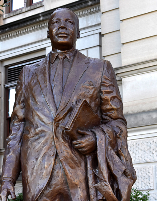 """""""Martin Luther King, Jr. State Capitol Memorial"""" by Martin Dawe, Cherrylion Studios   Photo by Travis Swann Taylor"""