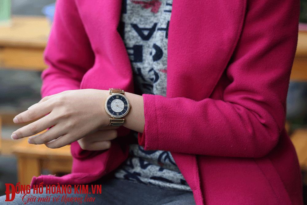 Update Hình ảnh những chiếc đồng hồ đeo tay nữ dây Sắt mới nhất đang bán chạy