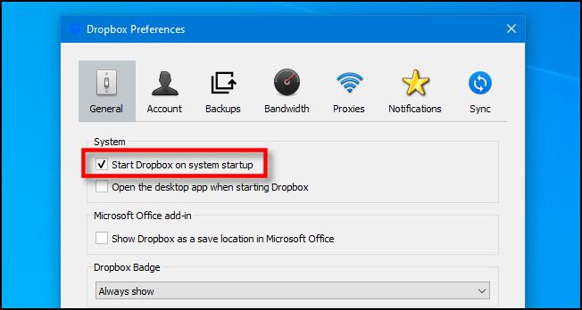 """قم بإلغاء تحديد """"بدء Dropbox عند بدء تشغيل النظام"""" في نظام التشغيل Windows 10."""