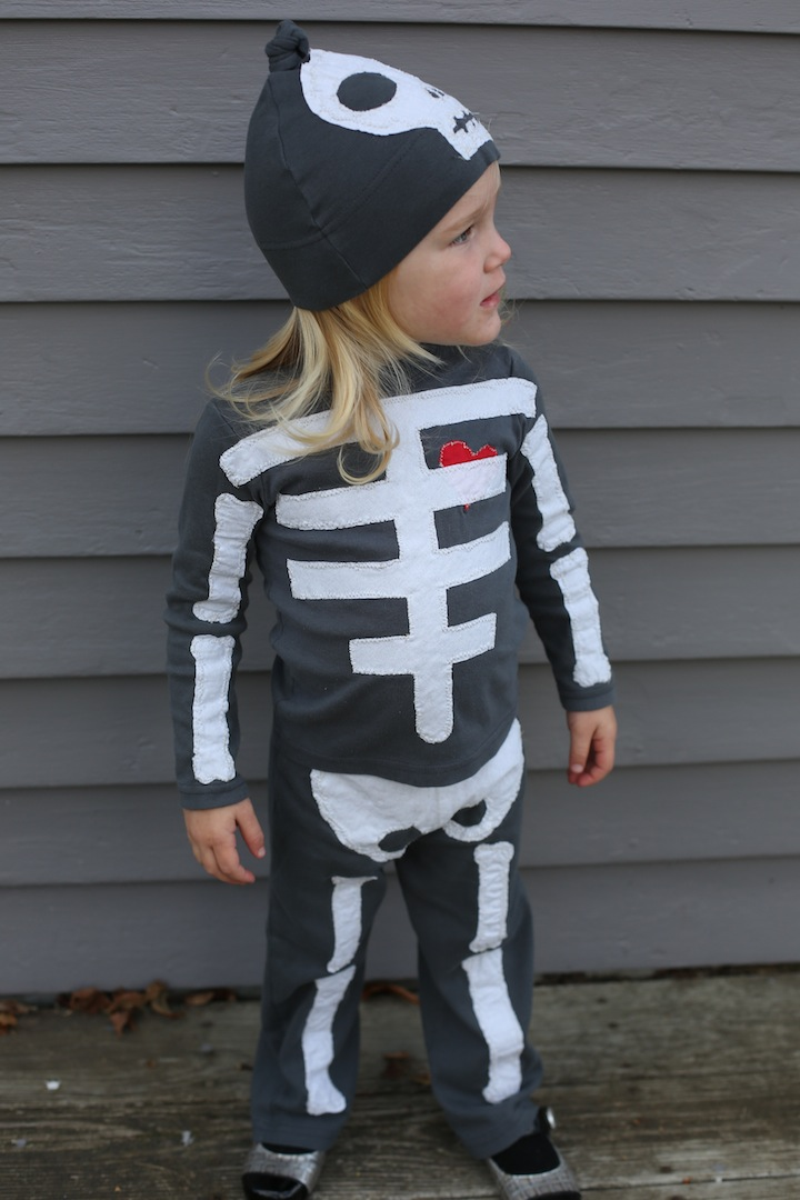 HALLOWEEN-COSTUME-DISFRACES-KIDS-NIÑOS-DIY-MAMAYNENE-SKELETON-ESQUELETO