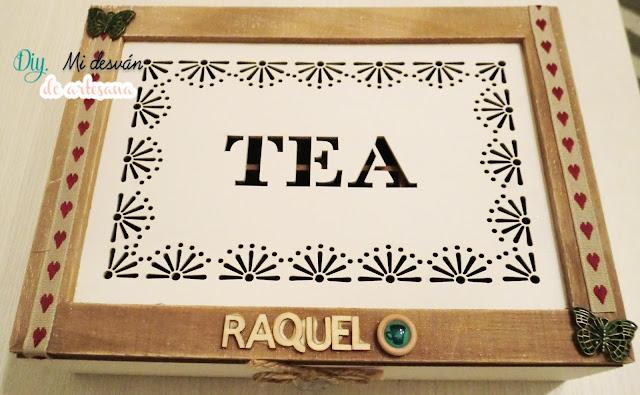 Primer plano de cerca caja de té modificada parcialmente