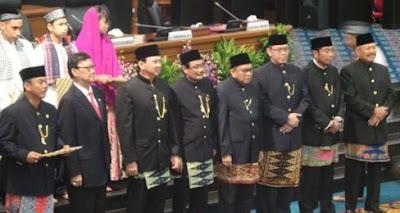 Pakaian Adat Jakarta atau Betawi : Penjelasan, Keunikan dan Gambarnya