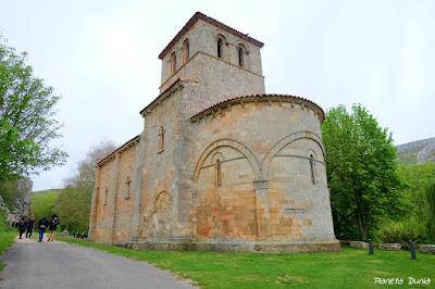 Nuestra Señora del Valle: la ermita románica de Monasterio de ...