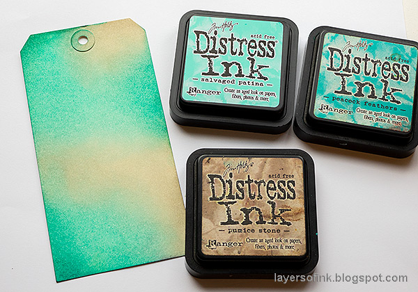 Layers of ink - Salvaged Patina Tag Tutorial by Anna-Karin Evaldsson. Ink with Distress Ink.