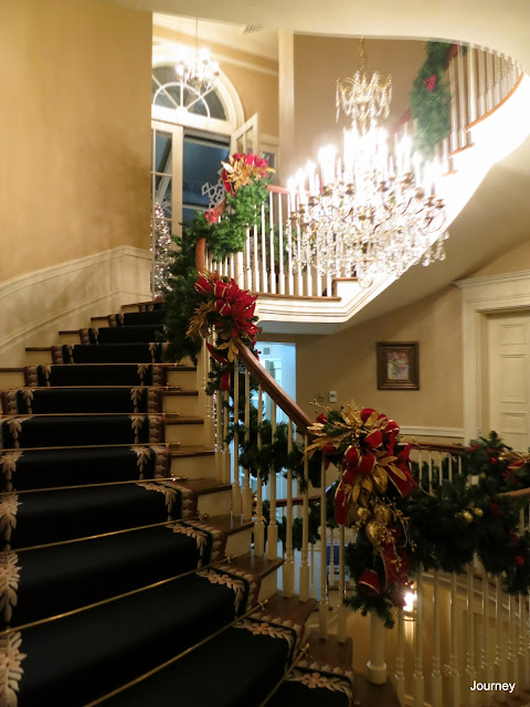 Colorado Springs Escorts >> Journey: Christmas at the Arkansas Governor's Mansion