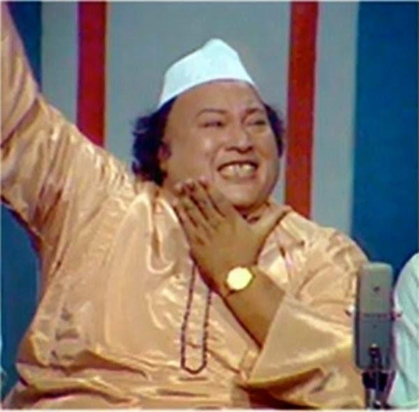 Lyrics Mast Aankho Ki Qasam Khane Ka Mosam Aa Gia Ghazal by Nusrat Fateh Ali Khan