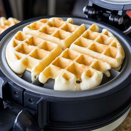 Classic Waffle Recipe #Desset #Waffles