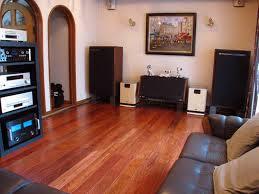 Nên chọn sàn gỗ tự nhiên hay sàn gỗ công nghiệp  1