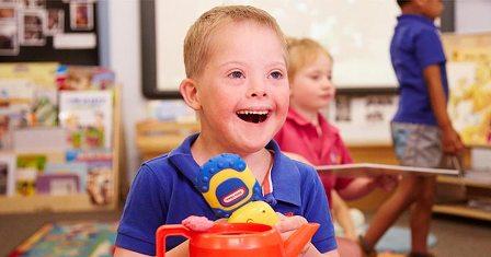 Anak Tunagrahita (Pengertian, Karakteristik, Klasifikasi, Penyebab dan Permasalahan)