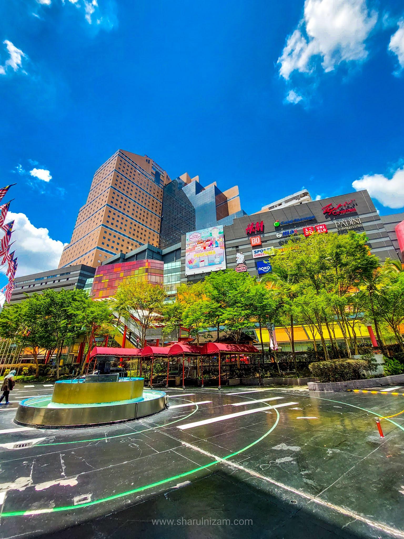 The Mall, Yaohan Dan Sunway Putra
