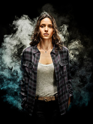 Emerald City Series Adria Arjona Promo Photo (16)