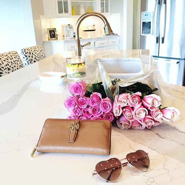 tan tory burch wallet, pink roses tulsa ok, tulsa ok fashion blogger, white kitchen quart countertops, cambria britannica countertops, all white kitchen pinterest, all white kitchen with gold hardware, pinterest kitchen inspiration, snow leopard dot barstools, emily gemma kitchen, emily gemma house,