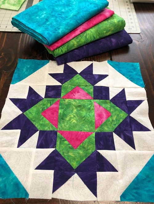 Thistle Bloom Quilt Block - Free Pattern