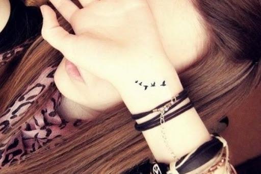 Aves Pequenas Pulso De Tatuagem